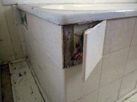 Asbestos Audits Queensland AAQ PL - Renovating Asbestos - Asbestos on Bathtub