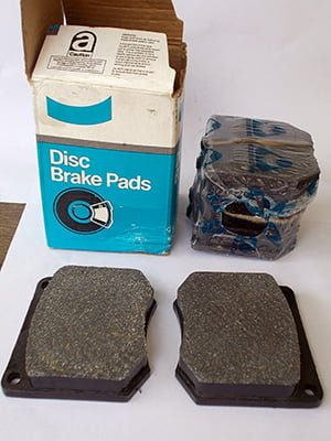 Asbestos containing brake pads available off the shelf in Australia till 2004